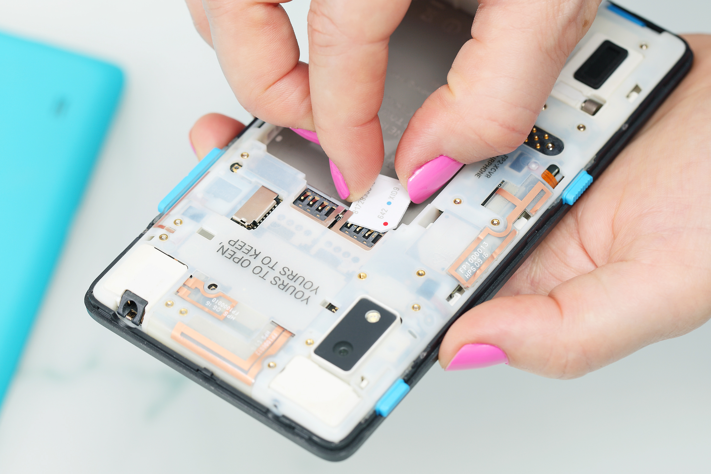 Sozialer Mobilfunkanbieter goood Fairphone I Veggie Love